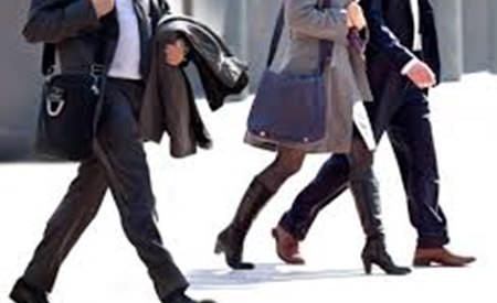la plimbare cu partenerul de afaceri