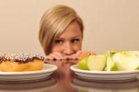 Majoritatea femeilor sufera de tulburari de alimentatie deoarece considera ca mancarea este cea care le poate ajuta sa-si controleze greutatea sau forma corpului.