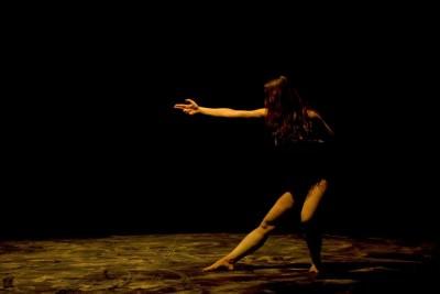 Interviul saptamanii: Despre Contact Improvisation cu Cristina Lilienfeld