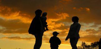 fermitate versus dominarea copilului in parenting