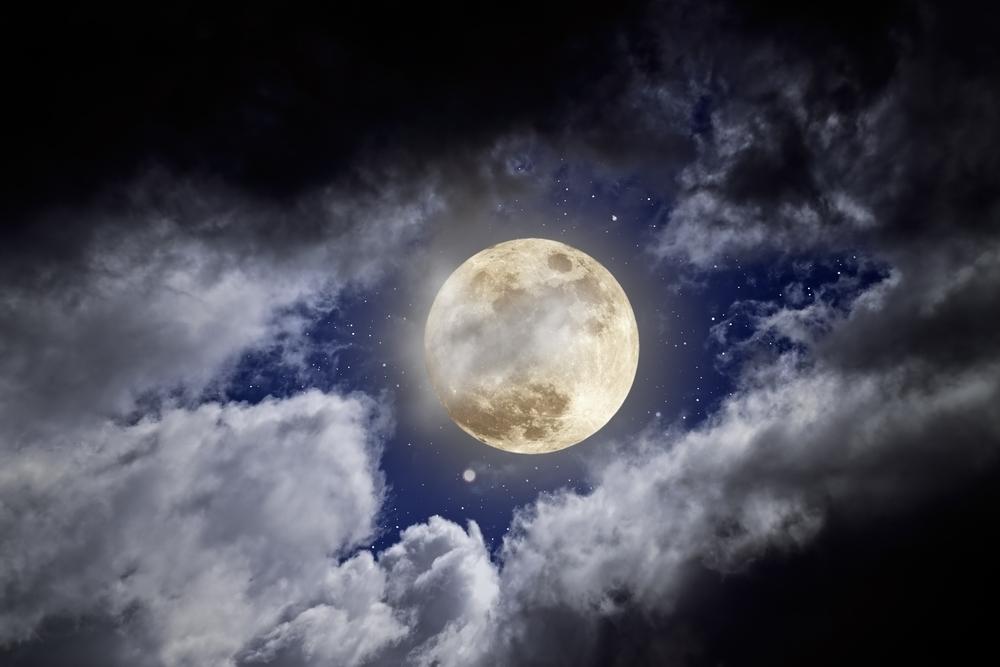 luna plina in Sagetator 9 iunie 2017